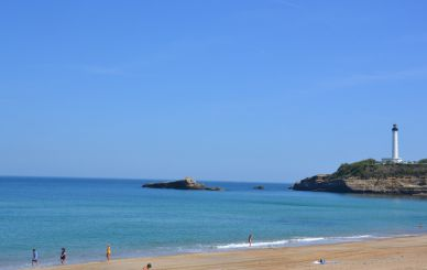 Purchase sale apartment balcony terrace downtown Biarritz